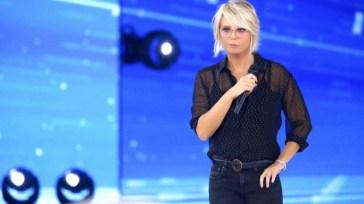 Amici passa alla domenica contro Mara Venier, Anna Tatangelo slitta: le novità del palinsesto Mediaset