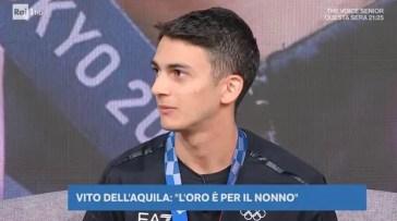 Beppe Convertini fa una gaffe imbarazzante con Vito Dell'Aquila, medaglia d'oro alle Olimpiadi
