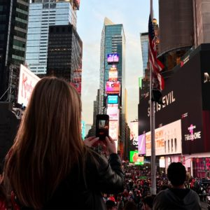 times square biche around the world blog voyage