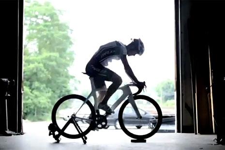 Toyota Prius Bike-menja brzine snagom našeg uma