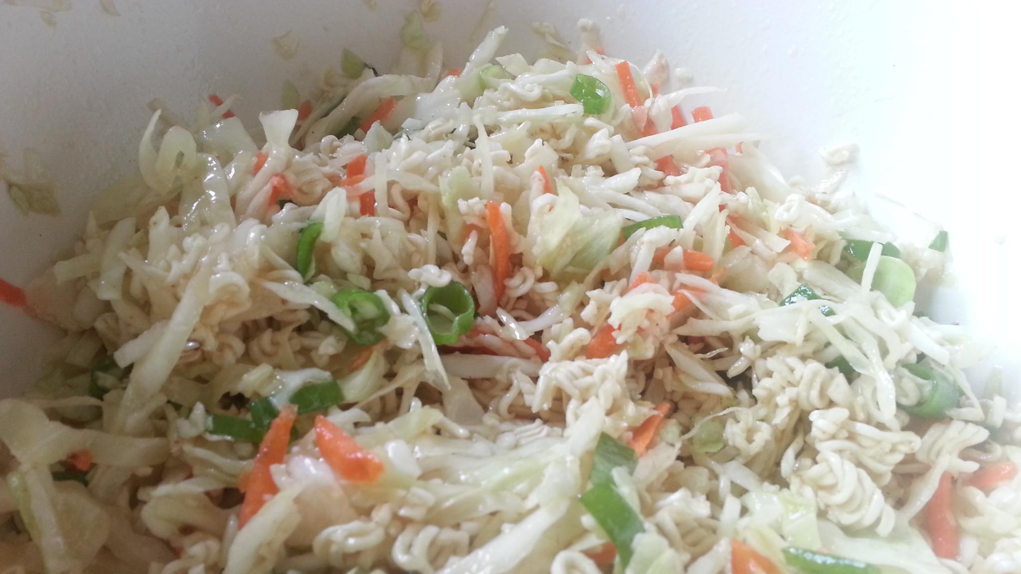 Crunchy Ramen Asian Salad Recipe #AsianMomBloggers