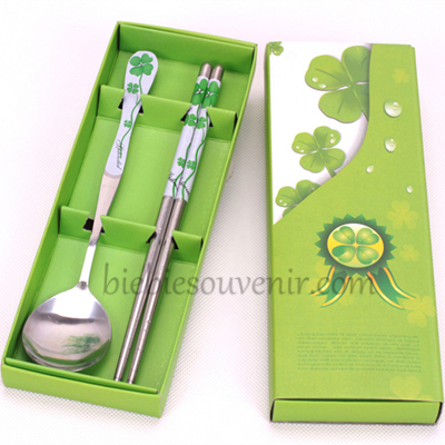 Souvenir pernikahan sendok sumpit murah hijau