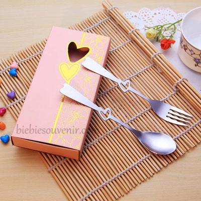 souvenir pernikahan sendok garpu murah peach