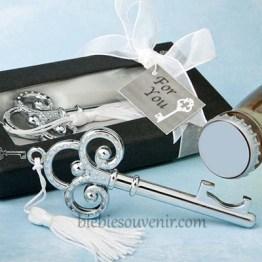 Souvenir pernikahan Victorian Key Bottle opener