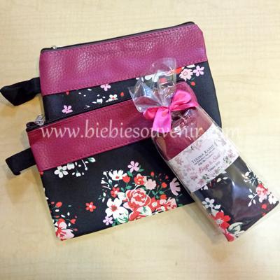 souvenir pernikahan pouch cantik floral