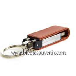 souvenir usb leather strap
