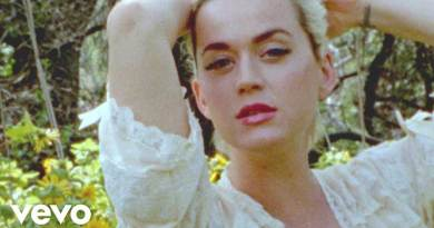 Katy Perry Daisies Video directed by Liza Voloshin.
