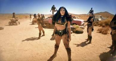Megan Thee Stallion Girls In The Hood n Savage Remix Performance BET Awards 2020 Video.