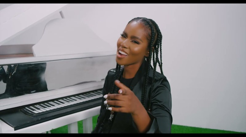 MzVee ft Kelvyn Boy Vanity Official Music Video directed by The Boldz, song produced by Samsney.