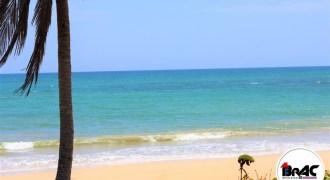 Terreno con Playa La Vacama