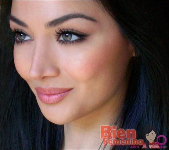 Ideas de maquillaje para usar en los días que tenga pereza