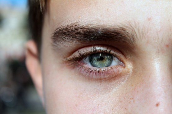 Como depilar unas cejas perfectas