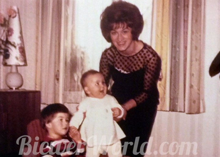 Gertrud Biewer with her niece and goddaughter Monika