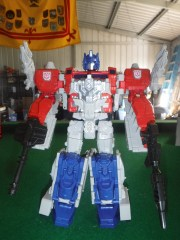 Toy Review - Titans Return Blaster and Powermaster Optimus Prime