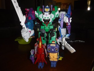 Toys Review - The Mayhem Attack Squad