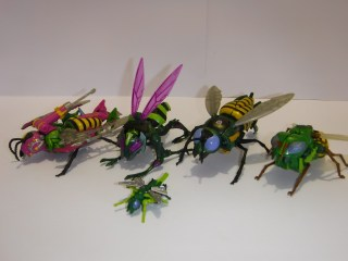 Classic Toy Reviews - Generations and Timelines Wasp/Thrustinator