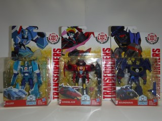Toys Review - Combiner Force: Blurr, Windblade & Soundwave