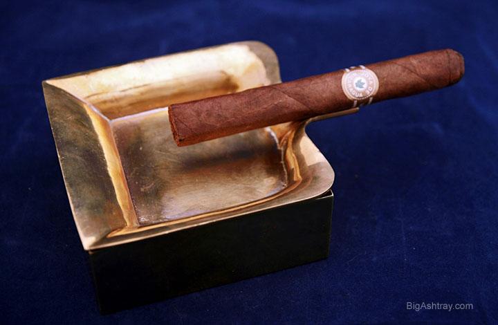 Spanish castilian decor brass ashtray box big ashtray for Decor 720 container