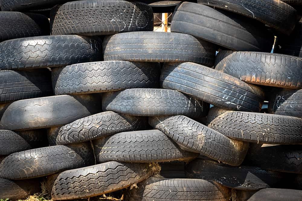 paja de neumáticos de goma