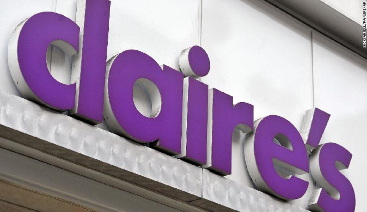 171229133033-01-claires-store-sign-exlarge-169_1515271819822.jpg
