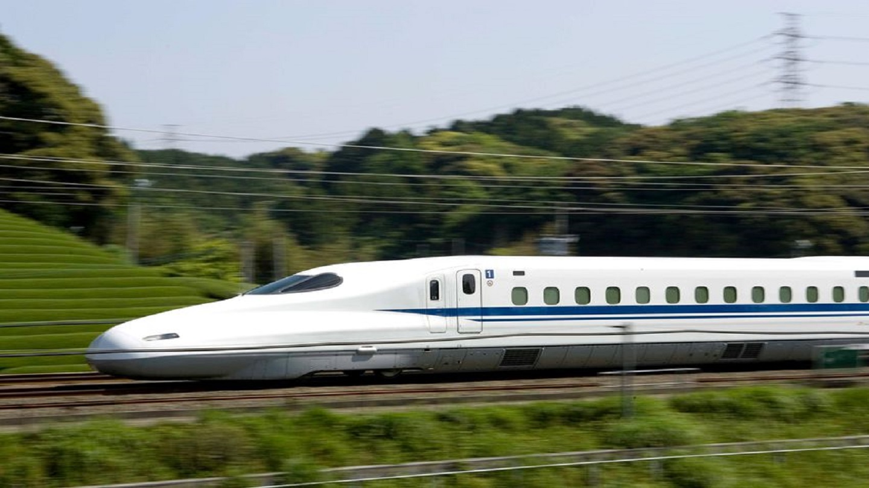 High Speed Train TT_1557927235833.jpg.jpg