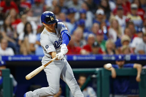Cody Bellinger hits 2 homers, Dodgers rout Phillies 16-2 | KTAB
