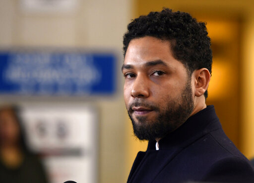 Smollett wants Chicago's lawsuit moved to federal court | KTAB