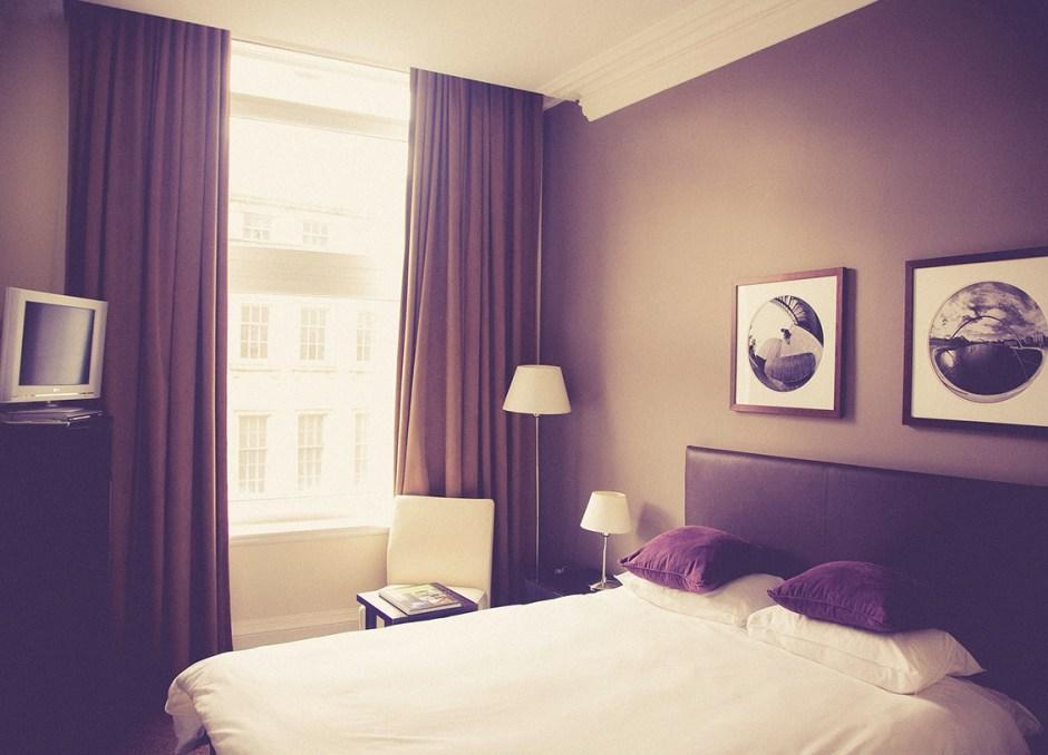 bedroom hotel room