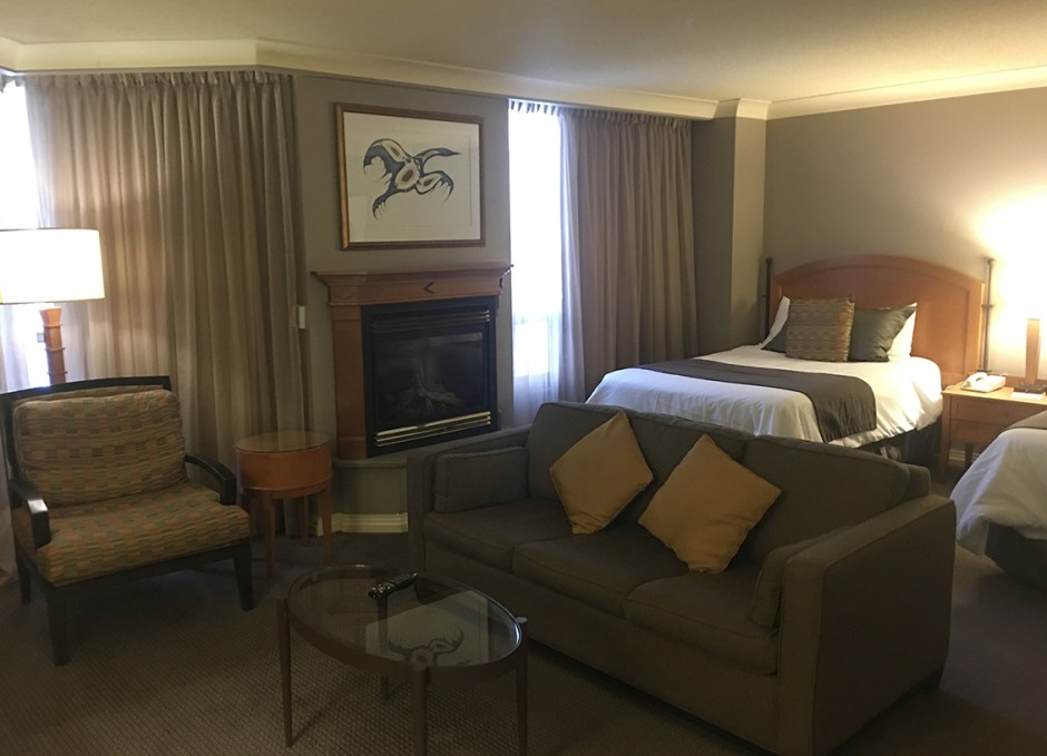 stay at casino rama living area