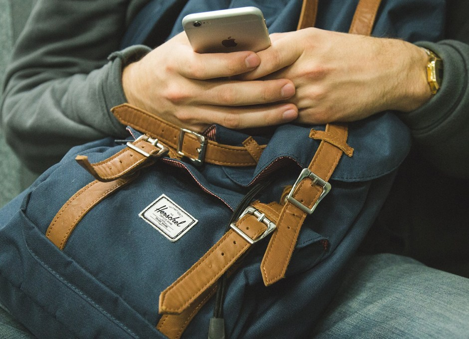 casino games mobile with backpack
