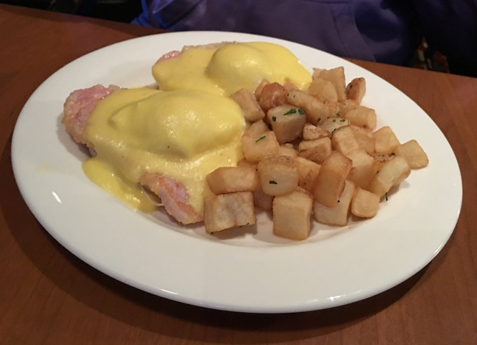 great food weirs eggs benedict