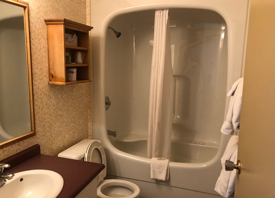Bayview Wildwood washroom