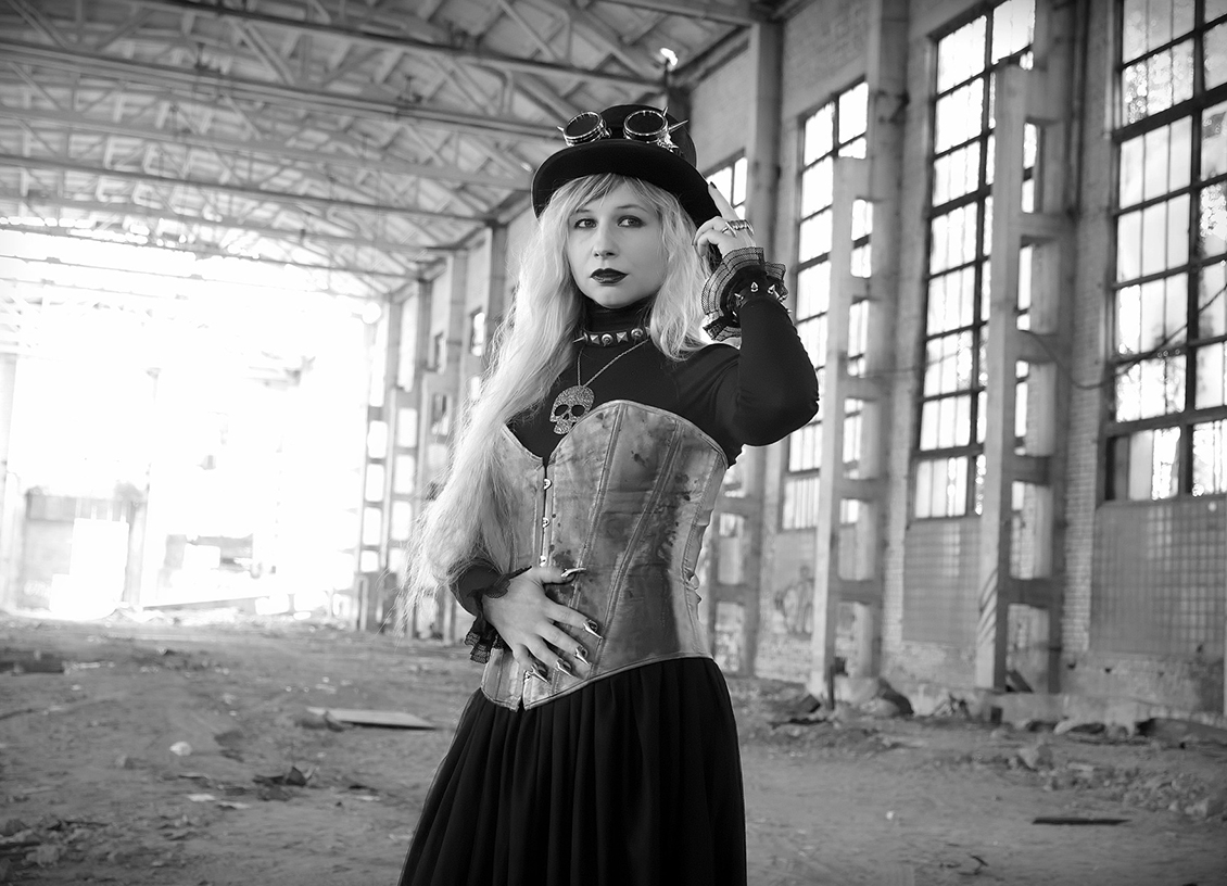 corset in warehouse feature