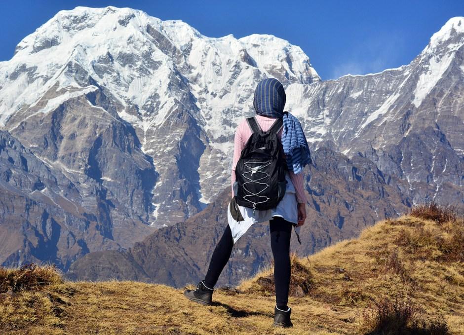 trekking in himalayas nepal
