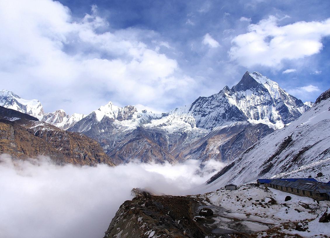 trekking in nepal feature