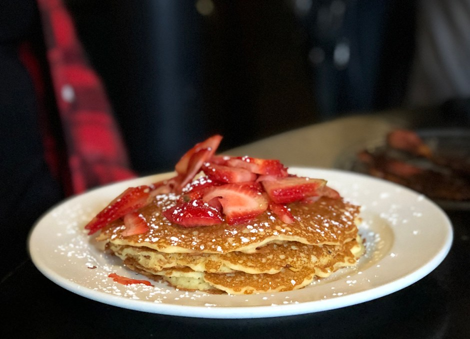 creekside cafe pancakes