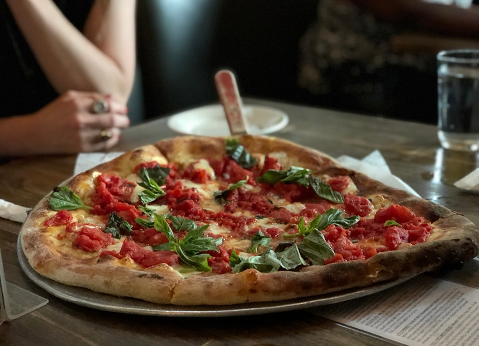 dock street brewpub margherita pizza