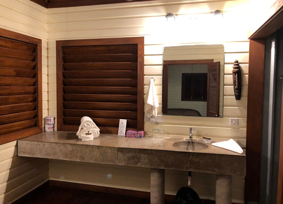 Pagua Bay House washroom