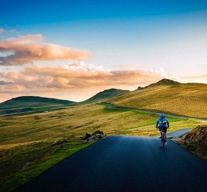 8 Most Amazing World's Cycling Trails