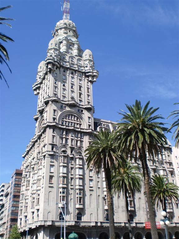Urugvaj - Page 4 Montevideo-1-large