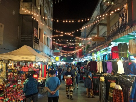 chiang rai gece pazarı