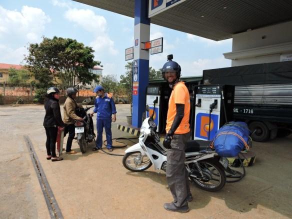 vietnam benzinlik