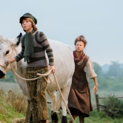 Tracey Ullman & Daniel Huttlestone in Into The Woods