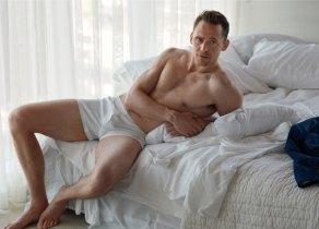 tom-hiddleston-w-pic3