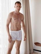 tom-hiddleston-w-pic4