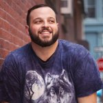 "Mean Girls Star Daniel Franzese Calls Out Actress Bijou Phillips<span class=""pt_splitter pt_splitter-1""> For Homophobia, Assault & Body-Shaming Him</span>"