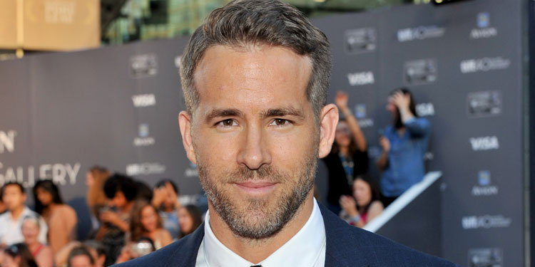 Ryan Reynolds to star in 'Detective Pikachu&#39