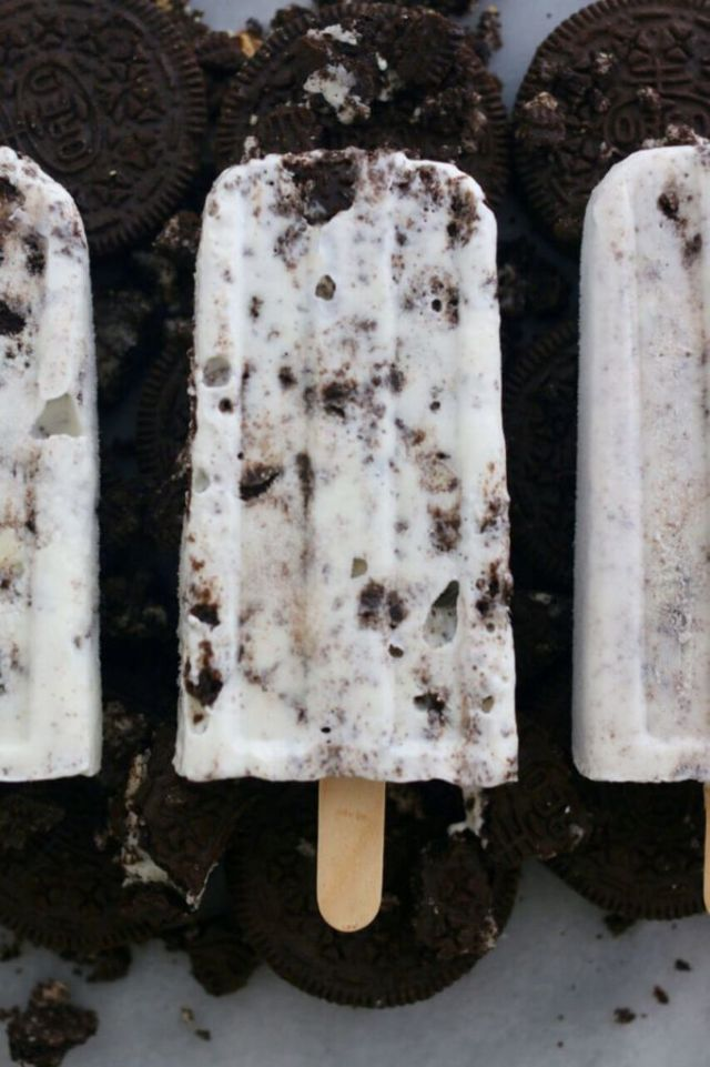Homemade, Oreo, cookie & cream, popsicle, Gemma Stafford, Bigger Bolder Baking, Baking videos, Baking, recipes, frozen treats