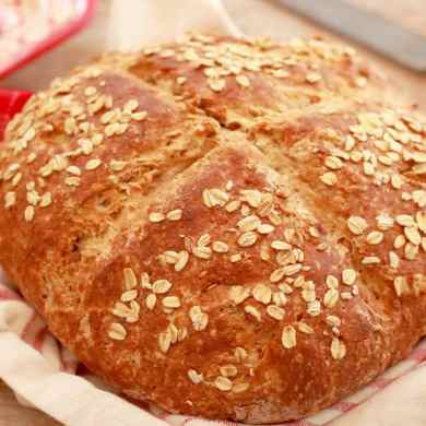 Traditional Irish Soda Bread (Brown Bread)