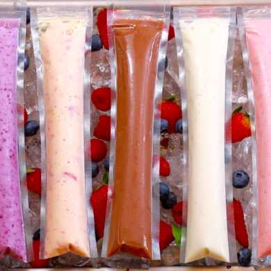 Frozen Yogurt Pops (5 Easy Snacks)